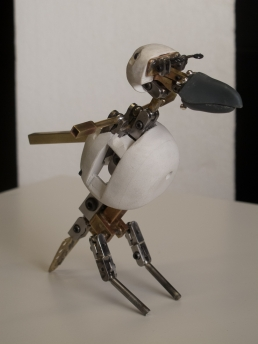 The finished crow armature with head mechanics with the body and head core